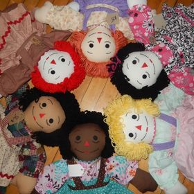 Alicia Cross / Sewing with Analina Rag Dolls