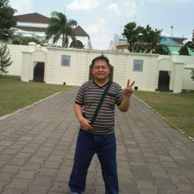 Mr.Santos75