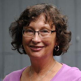 Gerri Giovanelli Bauer, Author