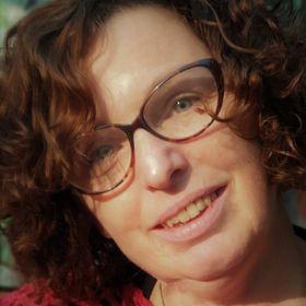 Isabelle Dekker