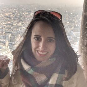 Jacklyn (Girl Living Life) - Food and Lifestyle Blogger