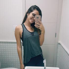 Beatriz Araujo (biarachid06) no Pinterest c356d237a15