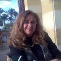 Mona Ismail