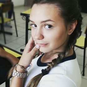 Larissa Caroline