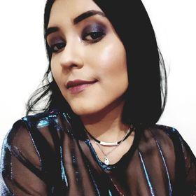 Karlyy' Castillo