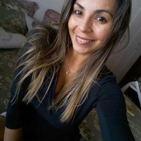 Cristiane Carvalho Neves
