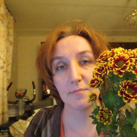 Нелли Янголь