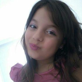 Isabella Marques (isabella2647) no Pinterest 90962d03a4b