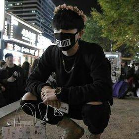 K-pop is love, K-pop is life 🙈