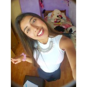 Camila Andrea Valdivia Nuñez