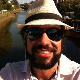Brazilian Happiness Coach -Rodrigo Baena