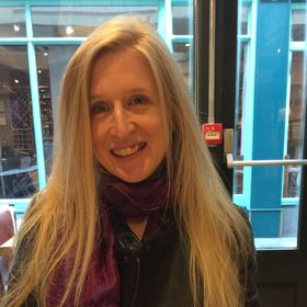 Lucy Mitchell | Writer and Blogger