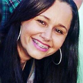 Ana Cláudia Almeida