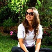 a350942de Larissa Cecon (laricecon) no Pinterest