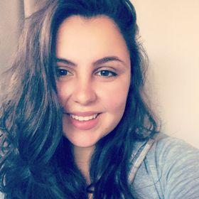 Leandra Claudino