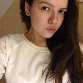 Аня Фирсова