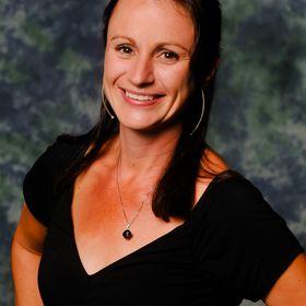Nicole MacGregor