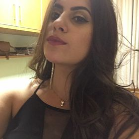 Júlia Ferrari