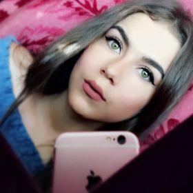 Larissa Bueso