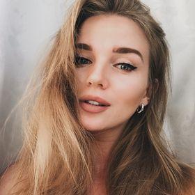 Julia L