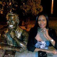 Josiene Cruz