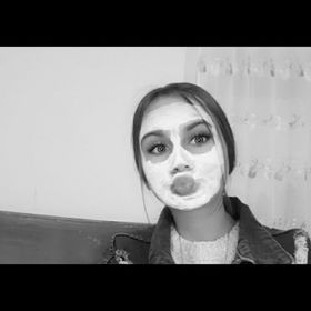yasmina vlog,s