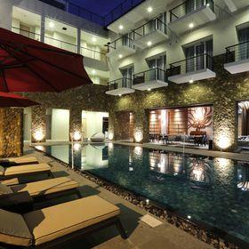 Mahogany Hotel Bali