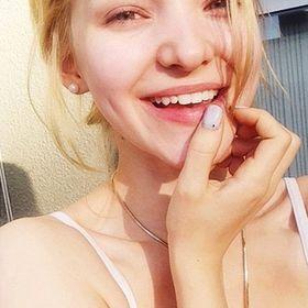 Constance_Srz
