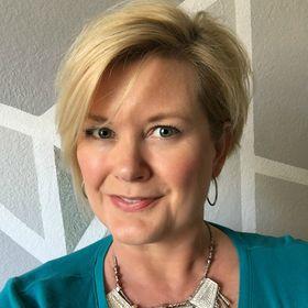Liz Applegate   Confidence Coach for Women Over 40