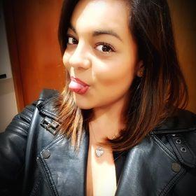 Lauren Ayres