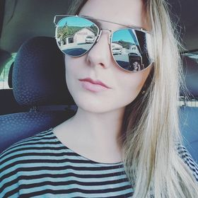 Camila Cristhine