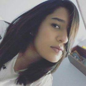 Annie Martínez