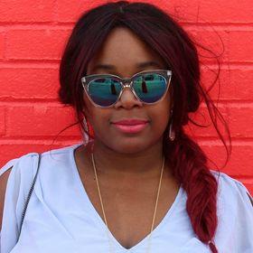 Shasie's World   Blogger & Influencer