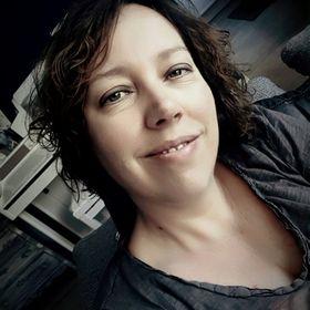 Brenda Zoer