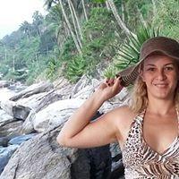 Angela Nogueira