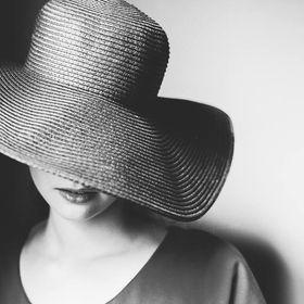 959222eddb Elodie Winter Photography (elwinterp) on Pinterest