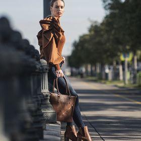 10+ Best Kabátok images | kabátok, kabát, szőrmekabát
