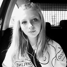 Adéla Jozová