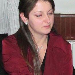 Mónika Stenczel