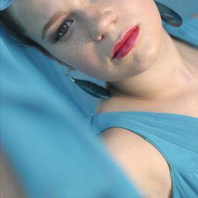 Lerissa Evelyn Giessing .