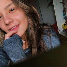 Laura Camilli Cazeiro