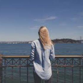 Christine Elise | Surfing, Travel & Home Decor