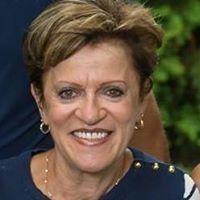 Lynda Levesque