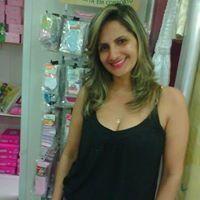 Emilene Carvalho