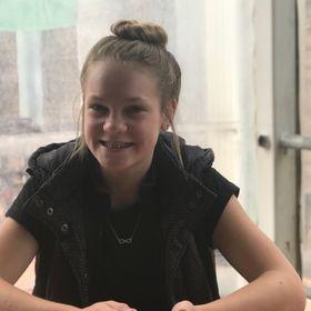 Jade Schmitt