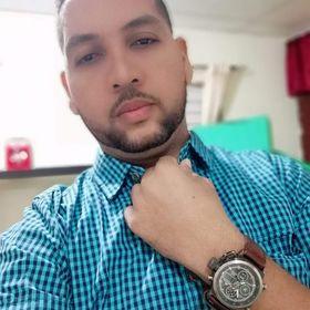 Augusto Reyes