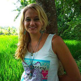 Leanne Schmidt