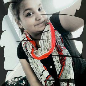 Priya R