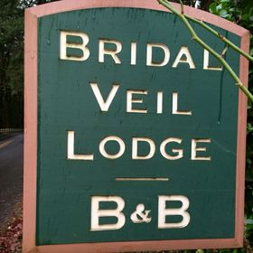 Bridal Veil Lodge Bed And Breakfast