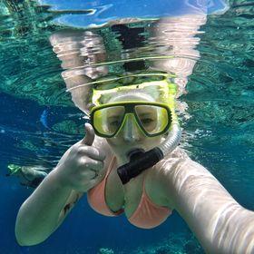 Anita Hendrieka - Travel Blog